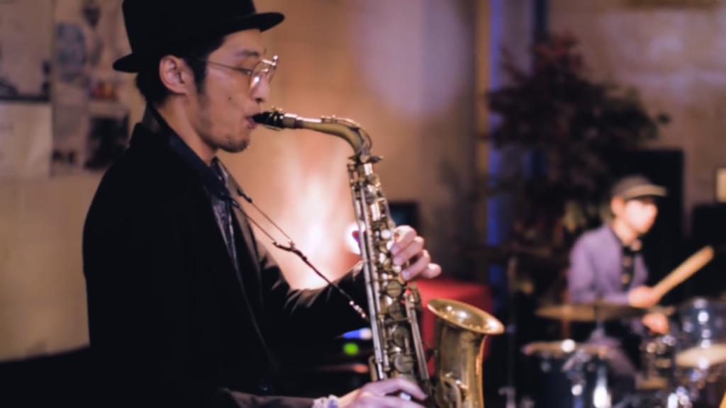 """大阪ロヘン""""代表のバンド、Wa Yo Setが新しいミュージックビデオを公開しました!"""