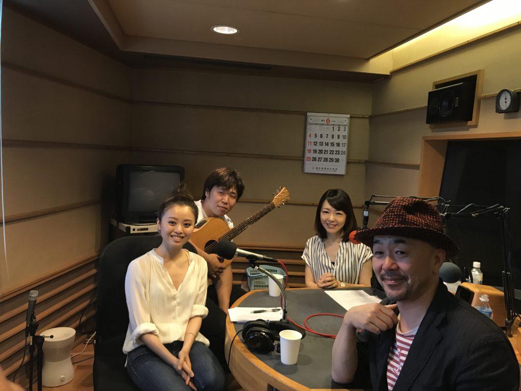 神戸在住のミュージシャン 小関ミオさん